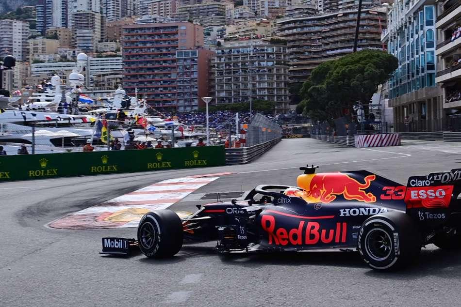 Verstappen wins Monaco Grand Prix to leapfrog Hamilton in title battle