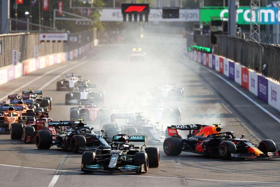 Lewis Hamilton Apologises For Error Mercedes In Dramatic Azerbaijan Grand Prix