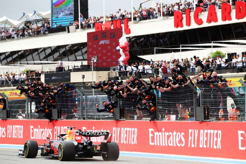 Red Bull Masterclass Moves Max Verstappen Further Clear At French Gp