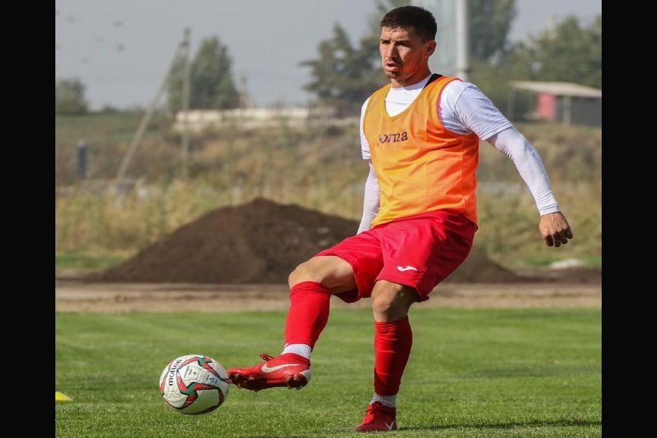 Chennaiyin Fc Sign Mirlan Murzaev To Bolster Attack Mirlan Becomes First Kyrgyz To Play Isl