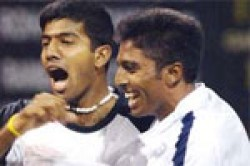 Prakash Falls In Round Bopanna Advances