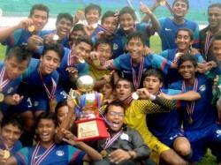 India Lifts Saff U 16 Football Title