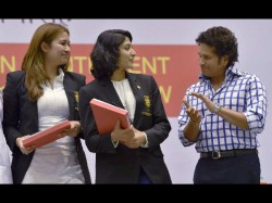 Sachin Advises Sportspersons To Be Better Individuals First