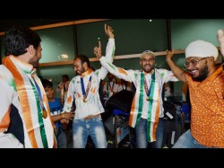 Indian Hockey Team Returns Home To Heroes Welcome