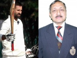 Jammu And Kashmir Youth Services Sports Director Congratulates Cricket Team