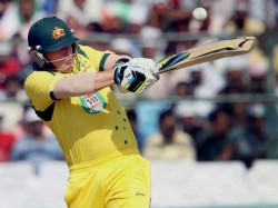 Aaron Finch Leaves Hospital After Rib Injury