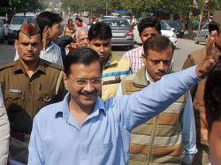 Keep Away Politicians From Sports Bodies Kejriwal