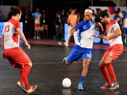Official Ronaldinho Leaves Premier Futsal