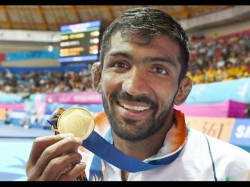 Yogeshwar Refuses London Silver Medal From Russian Wrestler Famil