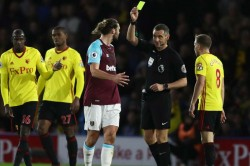Moyes Wants Greater Ref Protection For Carroll