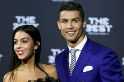 Reality Tv Star Claims Cristiano Ronaldo Cheated On His Girlfriend With Her