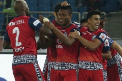 Isl Izu Azuka Scores Win It Jamshedpur Fc Against Delhi Dynamos