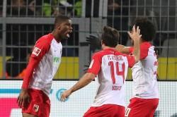 Borussia Dortmund 1 Augsburg 1 Danso Ends Stoger Winning Bundesliga Run