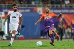 Isl Fc Pune City Vs Bengaluru Fc Stallions Hold The Blues