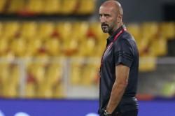 Isl 2018 Fc Pune City Coach Ranko Popovic Suspended