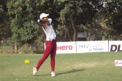 Neha Tripathi Shoots 10 Under 62 Takes 11 Shot Lead 6th Leg Wpg Tour