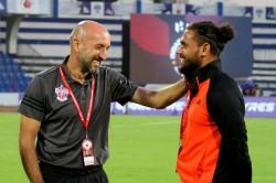 Isl Coach Ranko Popovic S Hand Pune City S Run