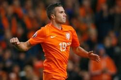 Ronald Koeman Won T Rule Robin Van Persie Netherlands Return