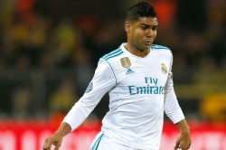 Psg Battle It With Manchester United Casemiro