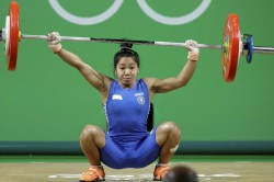 Cwg 2018 Mirabai Chanu Carries Indian Hopes On Day