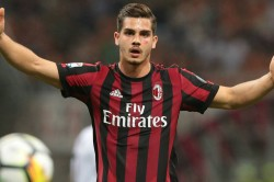 Wolves Want Ac Milan Flop Andre Silva