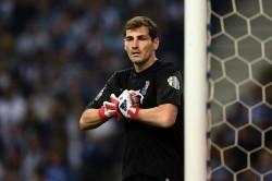 Casillas Re Signs With Portuguese Champions Porto