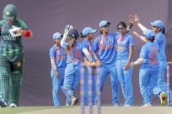 Dominant Indian Women Crush Pakistan 7 Wickets