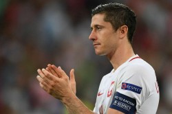 Poland 4 Lithuania 0 Lewandowski On Song World Cup