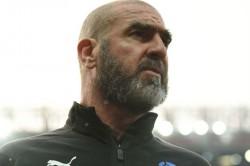 Cantona Takes Swipe At Mourinho