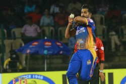 Kpl 2018 Vinay Kumar Takes Hubli Tigers Into Semis Beats Belagavi Panthers