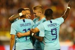 Belgium 1 Netherlands 1 Groeneveld Cancels Out Mertens Strike