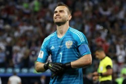 World Cup Hero Akinfeev Announces Russia Retirement