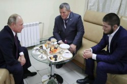 Putin Asks Nurmagomedov S Father Not Punish His Son