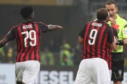 Gonzalo Higuain Red Card Penalty Milan Juventus