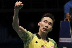 Cancer Hit Lee Announces Badminton Comeback Bid