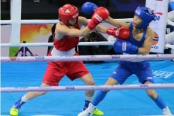 World Boxing Championships Mary Kom Storms Into Quarters Sarita Devi Loses