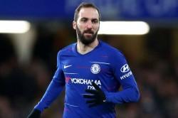 Gonzalo Higuain Chelsea Debut Gianfranco Zola