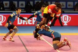 Pkl Gujarat Fortunegiants Set Up Final Clash With Bengaluru Bulls