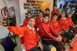 Cuban Coach Drake Sees Good Future Womens Boxing India