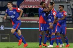 Isl Bengaluru Fc Seal Top Spot With 3 0 Win Over Fc Goa