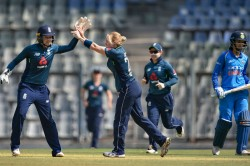 Katherine Brunt Danielle Wyatt Guide England Women A Consolation Win India Women Clinch Series 2