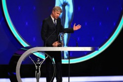 At Last Mourinho Makes Peace With Wenger