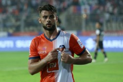 Hugo Boumous Signs New Three Year Deal At Fc Goa