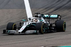 Lewis Hamilton Wins Formula One F1 Chinese Grand Prix Sixth Time Top Standings