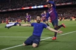 La Liga Barcelona A Little Closer To Title After Beating 10 Man Atletico Madrid