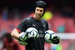 Petr Cech Arsenal Denies Chelsea Sporting Director Reports Retirement Europa League