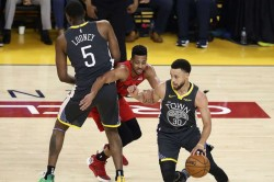 Nba Playoffs 2019 Warriors Hold Off Trail Blazers To Take 2 0 Lead In Western Conference Finals