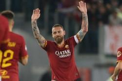 Daniele De Rossi Bids Emotional Farewell To Roma