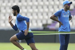 Icc World Cup 2019 India Training Round The Clock Drill To Get Direct Throws Right Kohli S Off Break