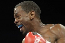 Herring Beats Ito To Claim Wbo Super Featherweight Title